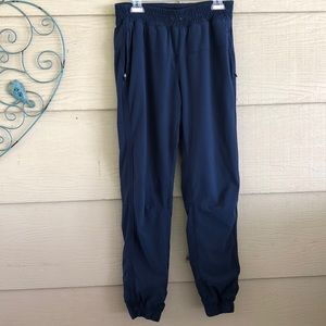 Lululemon pants Sz 8-10? See measurements EUC